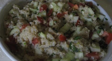quinoaSalad470W